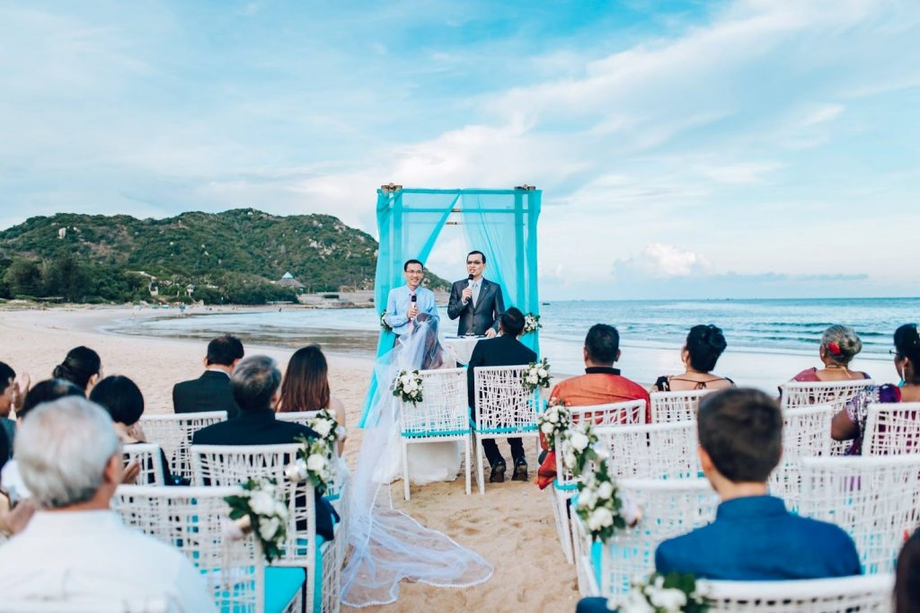 Wedding Ceremony at Anoasis Resort Long Hai